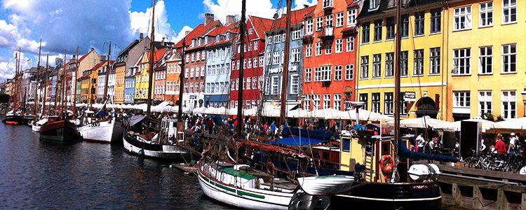Корабли в порту Копенгагена